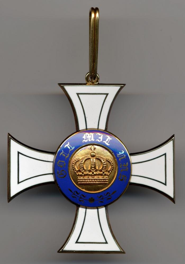 Abb. 4: Kronenorden 2. Klasse mit doppelt gerundetem Durchzugsring