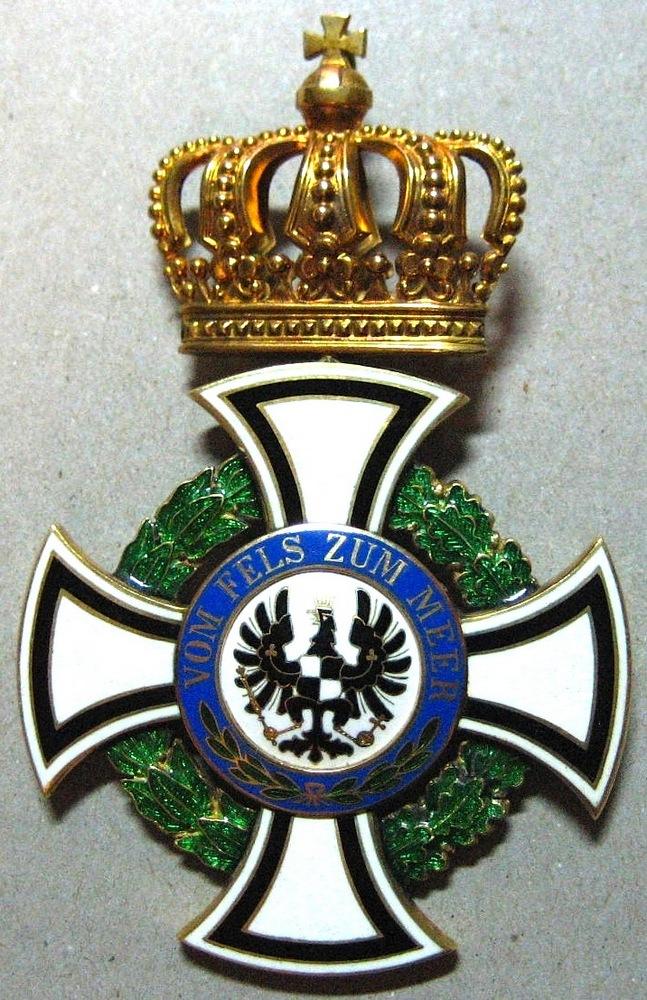 Abb. 19: Hausorden von Hohenzollern, Komturkreuz