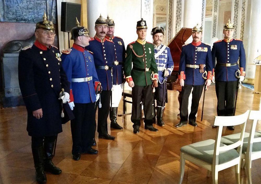 Ausstellungseröffnung – Historische Uniformen