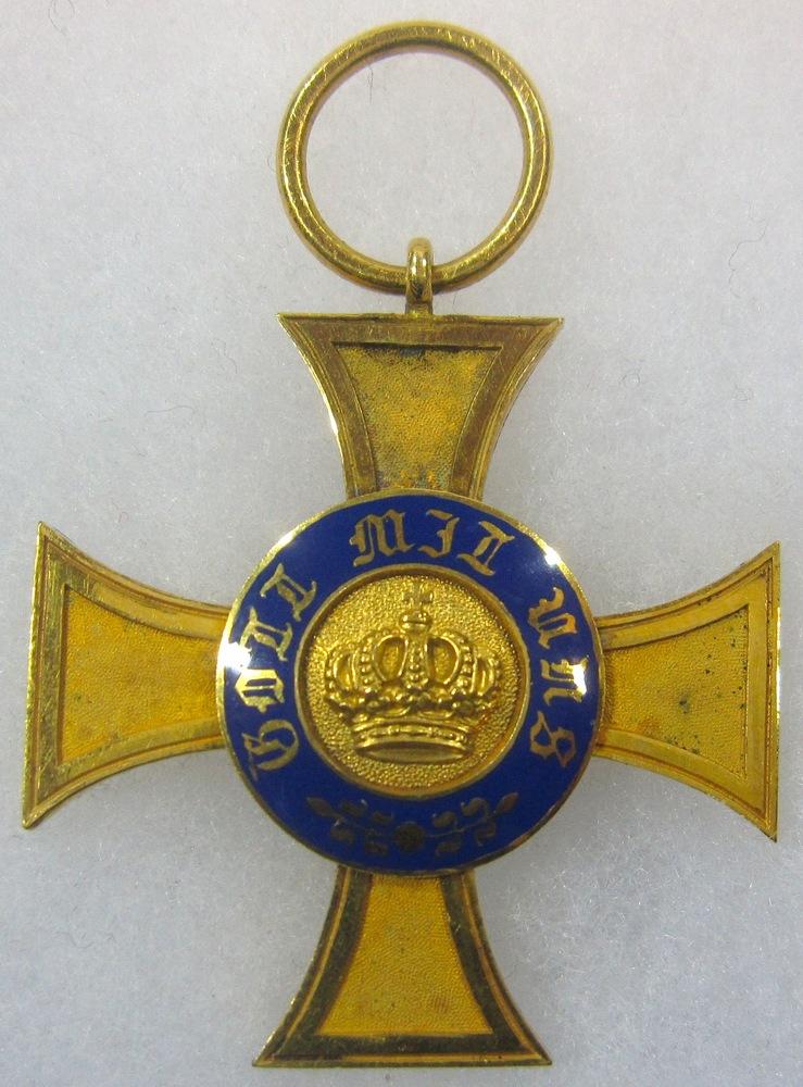 Abb. 12: Kronenorden 4. Klasse mit der bekannten kleinen Krone